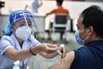 Ai không được tiêm vaccine Covid-19?