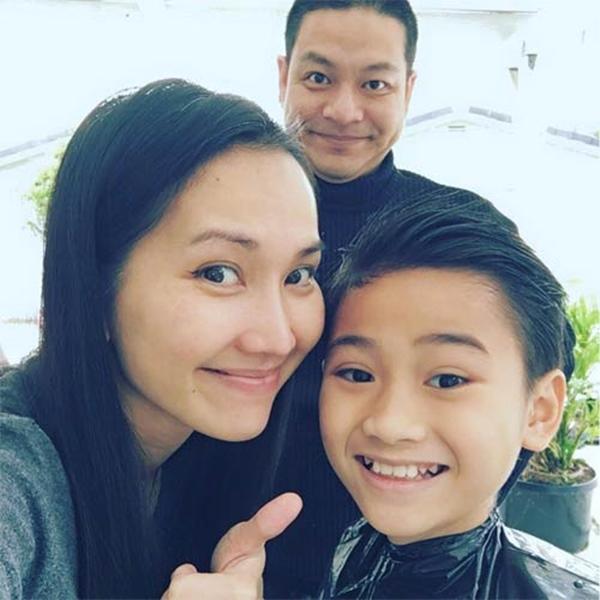"""Điểm mặt những ông bố dượng vàng"""" trong làng Vbiz: Kim Lý và con trai Hồ Ngọc Hà thân thiết không rời, Ưng Hoàng Phúc kèm con trai vợ học mỗi ngày-13"""