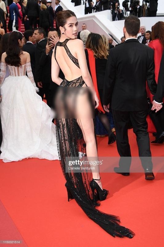 Ngọc Trinh diện bodysuit trong suốt, mặc như không khoe 70% cơ thể-7