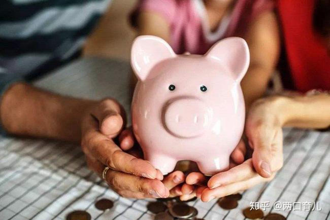 Khi con xin tiền, thái độ của bố mẹ sẽ có ảnh hưởng đến cuộc sống tương lai của chúng, câu chuyện dưới đây khiến nhiều phụ huynh ngẫm nghĩ-1
