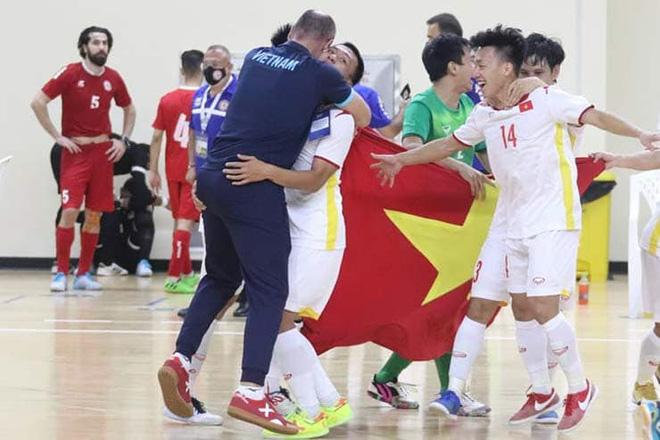 Tuyển Việt Nam choáng khi được FIFA gửi thực đơn World Cup... trước 4 tháng-1
