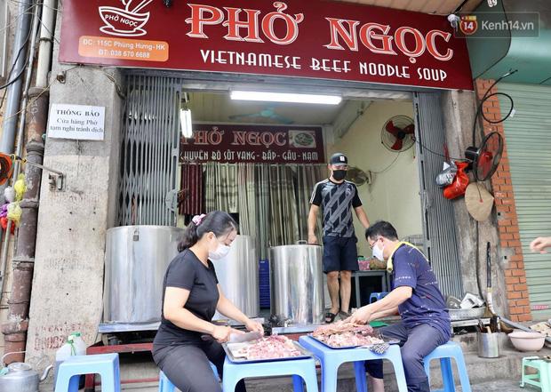 Hôm nay, ngày toàn dân Hà Nội đi ăn phở-1