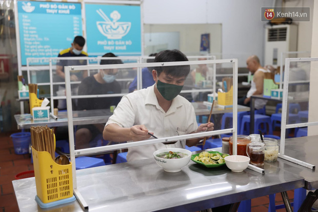 Hôm nay, ngày toàn dân Hà Nội đi ăn phở-7