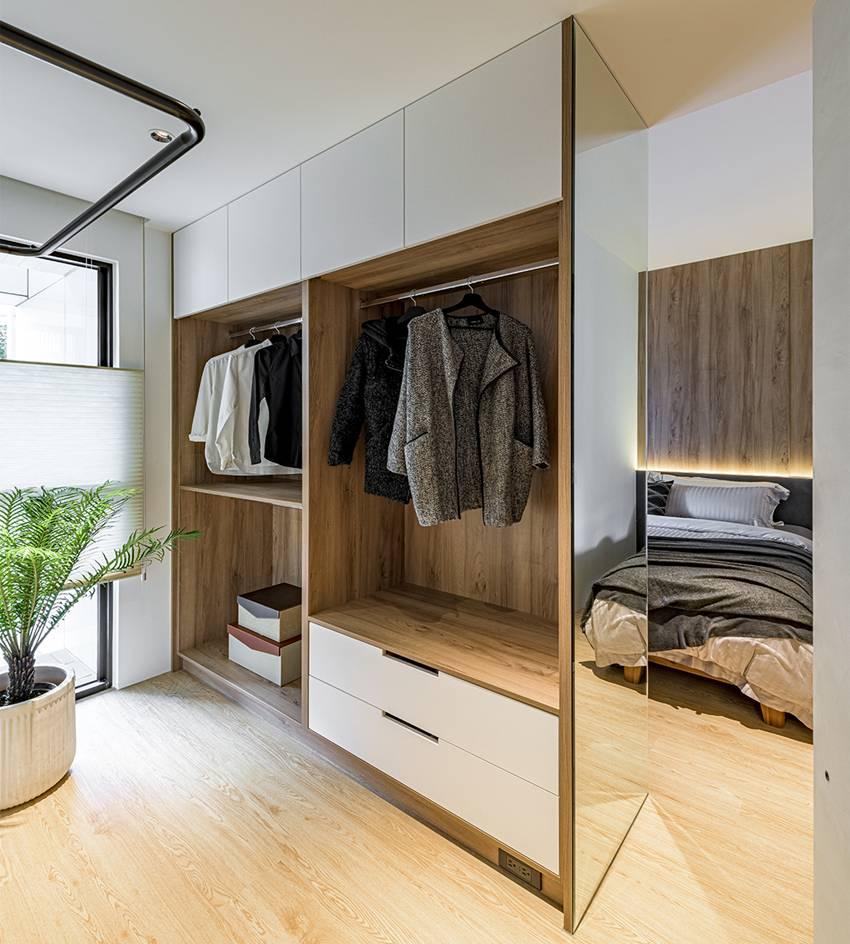 Ngôi nhà với lối thiết kế thông minh, chi tiết gây ấn tượng mạnh là phòng ngủ thiết kế đằng sau tủ quần áo-10
