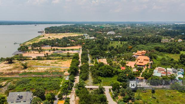 Toàn cảnh Nhà thờ Tổ 100 tỷ của NS Hoài Linh: Trải dài 7000m2, nội thất hoành tráng sơn son thếp vàng, nuôi động vật quý hiếm-1