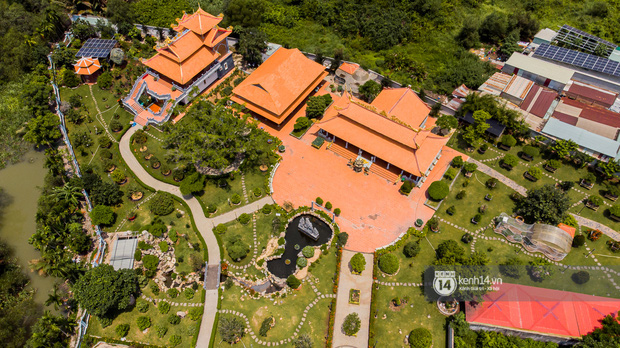 Toàn cảnh Nhà thờ Tổ 100 tỷ của NS Hoài Linh: Trải dài 7000m2, nội thất hoành tráng sơn son thếp vàng, nuôi động vật quý hiếm-5