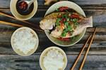 Công thức ướp và hấp cá với xì dầu đơn giản cho cơm chiều thêm hấp dẫn