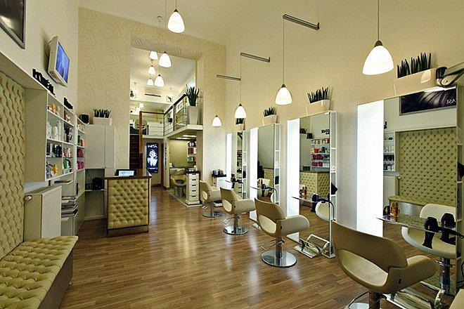 Vừa mở salon tóc 400 triệu thì gặp họa, lỗ nặng bán rẻ không ai mua-1