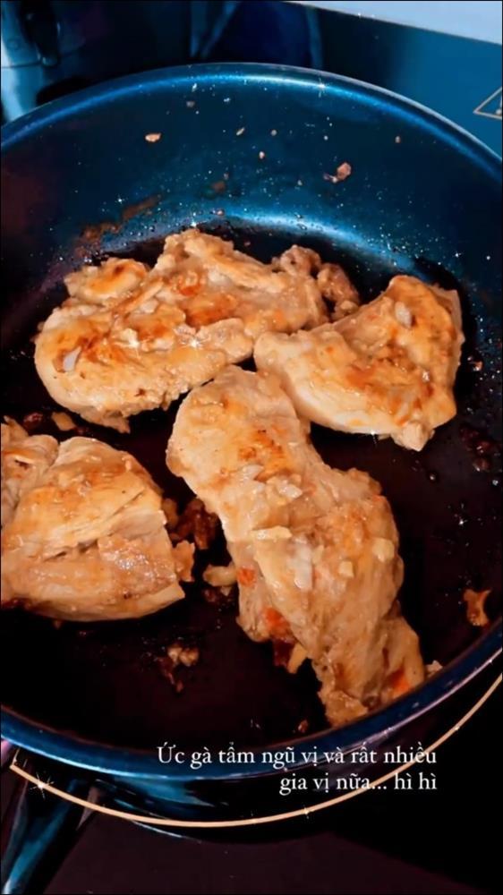 Trình nấu ăn của Quỳnh Kool ngày càng lên tay, từ món mặn đến kem tráng miệng đều xử đẹp ngon ơ-4