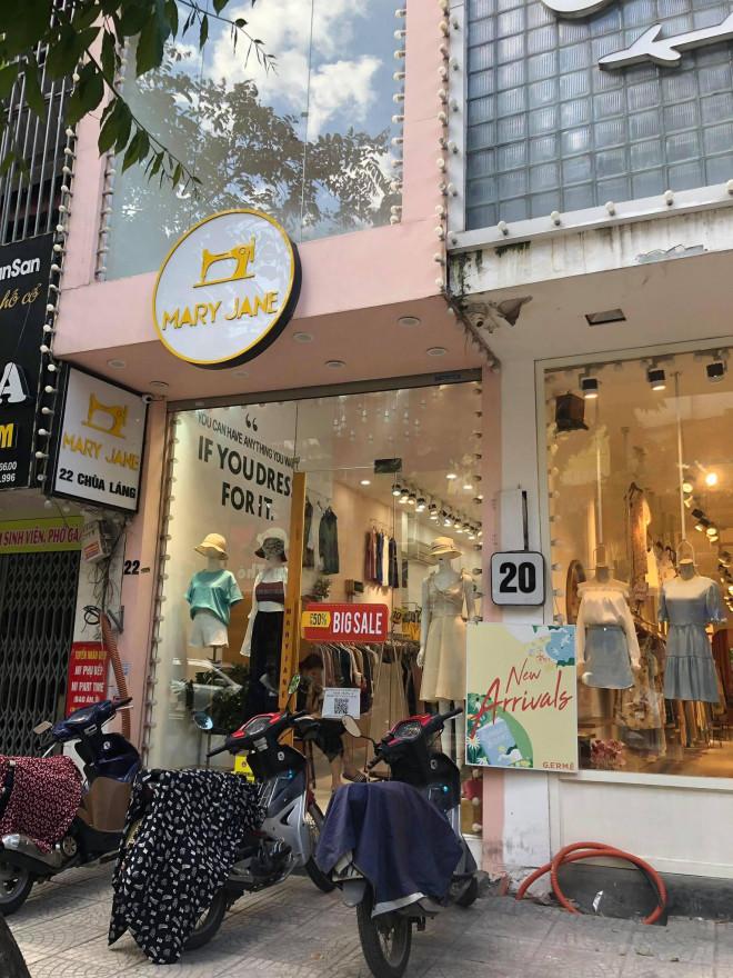 """Các shop quần áo đồng loạt sale sập sàn"""" vẫn vắng người mua-5"""