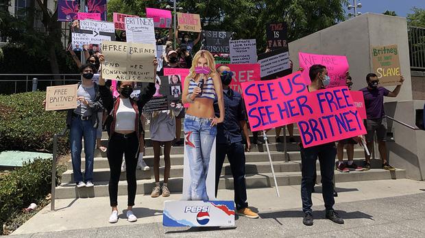 13 năm địa ngục của Britney Spears: Gia đình cầm tù, cưỡng bức lao động đến sang chấn tâm lý nhưng kinh khủng nhất là bị tước quyền làm mẹ!-8