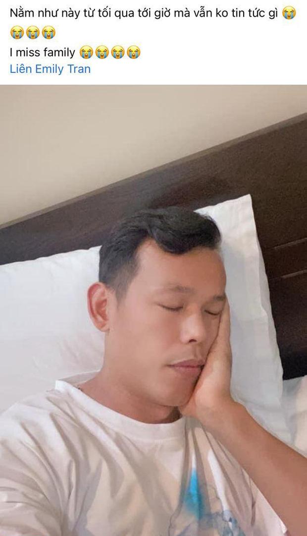 Dàn cầu thủ Việt Nam mừng hụt vì tưởng được về nhà, Văn Toàn bật mode cà khịa ở khắp nơi-9