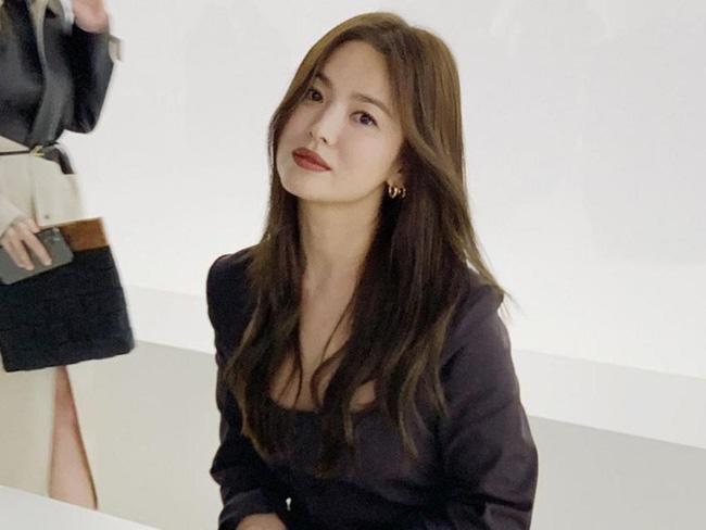 Song Hye Kyo trong 25 năm qua: Đỉnh cao nhan sắc tuổi 39 nhưng vẫn đôi lần bị dìm sắc chỉ vì kiểu tóc tréo ngoe-13