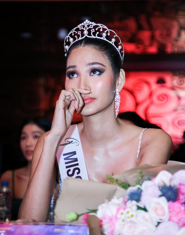 Đại diện Miss Universe VN nhận lỗi sai sót sau drama với Hoàng Thuỳ, làm rõ tin đồn phân biệt đối xử giữa các nàng hậu-3