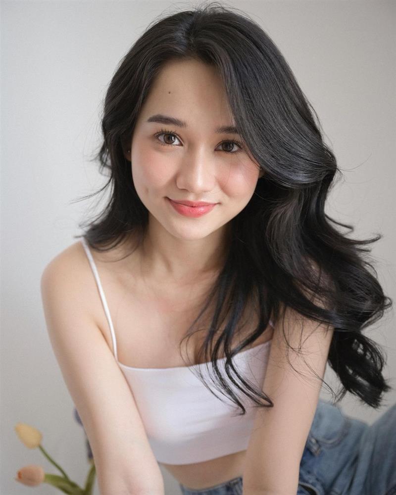 Quá nhiều mỹ nhân Việt đang để kiểu tóc xoăn này, và ai trông cũng trẻ trung sành điệu hẳn ra!-6