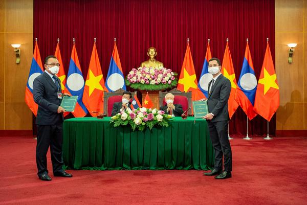 VinFast 'bắt tay' Phongsubthavy phân phối xe ô tô tại Lào-1