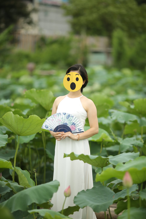 Cô Xuyến Hoàng Yến tung ảnh chồng cũ đưa con đi ăn với người tình, netizen soi Facebook cô gái thấy ngay status đá xéo?-8