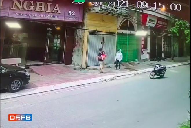 Hoàn cảnh đặc biệt của người đàn ông đỡ bé gái rơi từ tầng 2 xuống đường ở Nam Định-2