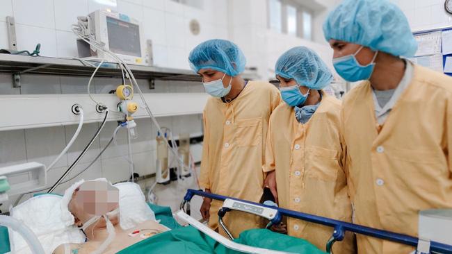 Chàng trai 22 tuổi chết não sau tai nạn giao thông hiến 4 tạng hồi sinh sự sống cho 4 cuộc đời-1