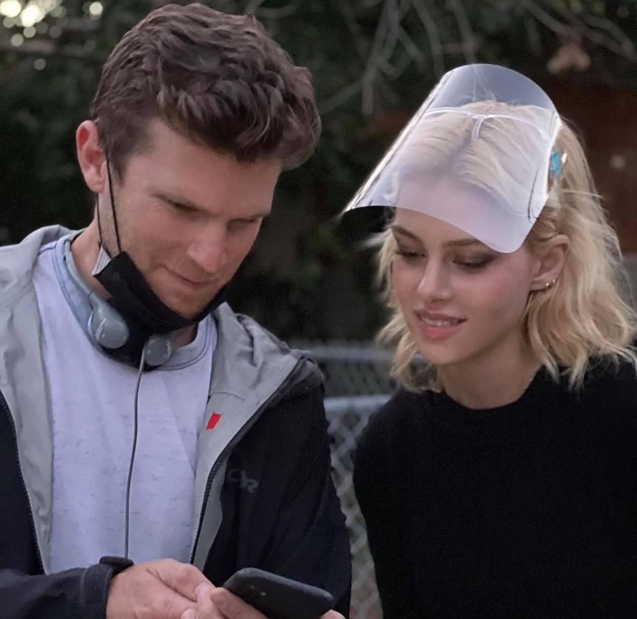 Hôn thê của cậu cả Brooklyn lộ bụng bầu vượt mặt, David Beckham sắp lên chức ông nội?-3