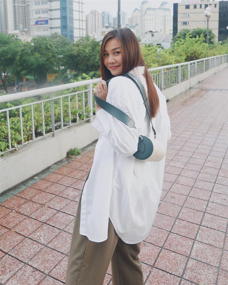 Mỹ nhân U40 diện áo sơ mi trắng: Hà Tăng luôn thanh lịch nhưng so với đàn chị thì lại thành an toàn quá?-10
