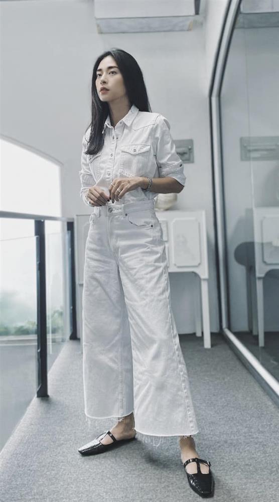 Mỹ nhân U40 diện áo sơ mi trắng: Hà Tăng luôn thanh lịch nhưng so với đàn chị thì lại thành an toàn quá?-15