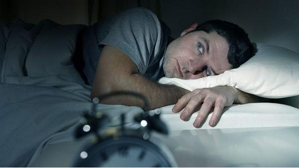 10 mẹo chữa buồn ngủ để hồi phục sau những trận bóng đêm khuya, dù có cày liên miên cũng chẳng lo ngủ gật-6