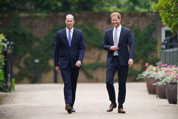 Hoàng gia Anh tiết lộ lý do vì sao Công nương Kate vắng mặt trong lễ tưởng niệm mẹ chồng-3