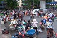 Video: Chợ cóc, chợ tạm thản nhiên họp, bất chấp quy định phòng dịch ở Hà Nội