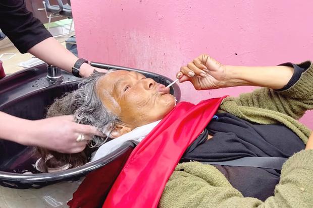 Bầu show ở Mỹchỉ trích việc Thuý Nga giúp đỡ ca sĩ Kim Ngân, còn đặt nghi vấn về số tiền kêu gọi quyên góp-3