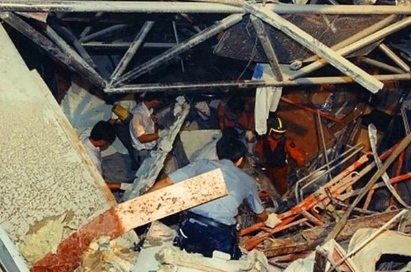 Vụ sập trung tâm thương mại rúng động Hàn Quốc 26 năm trước khiến hơn 500 người chết, ám ảnh nhất là nụ cười của bà dì ác ma-8