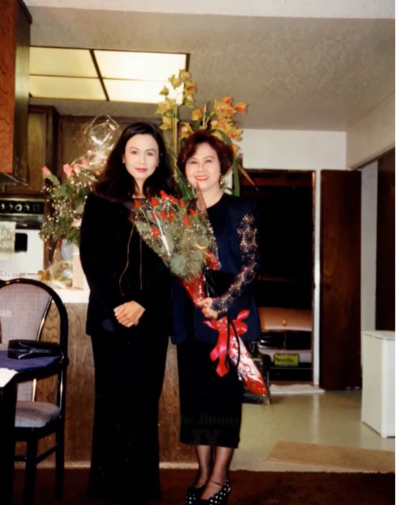 Hé lộ ảnh hiếm của Kim Ngân bên chồng và con trai khi chưa hóa điên khiến nhiều người xót xa-11