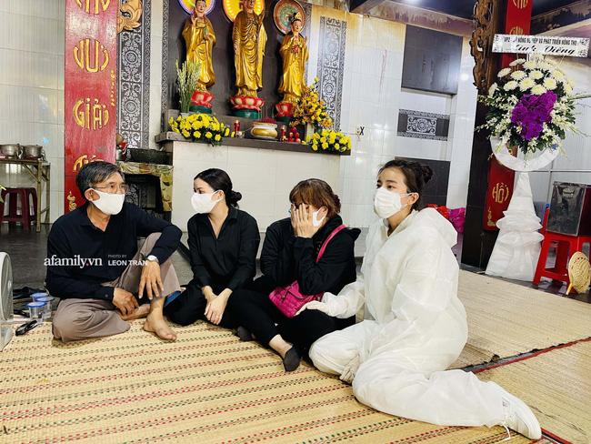 Tang lễ diễn viên Đức Long diễn ra trong hiu quạnh, Cao Thái Hà khẳng định không kêu gọi quyên góp-1