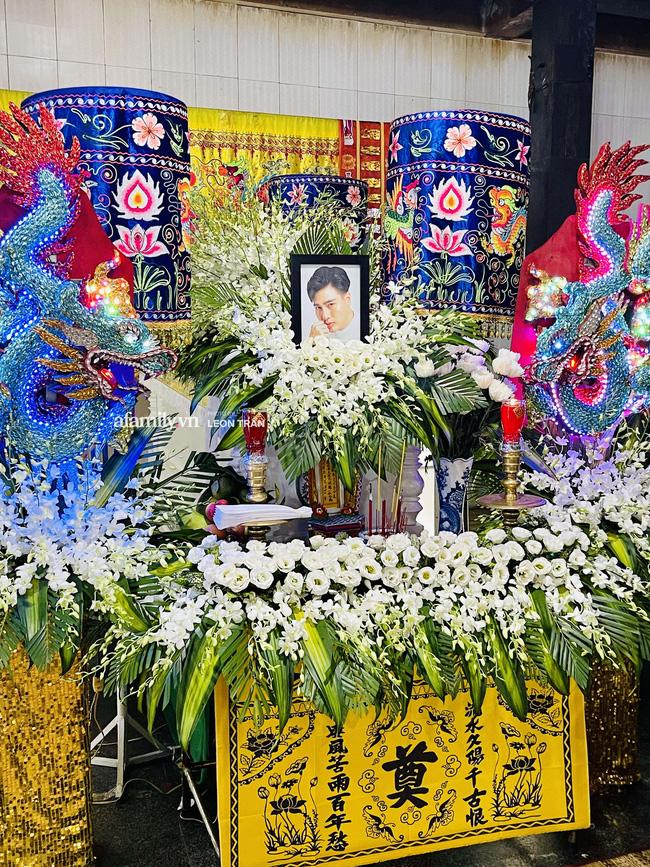 Tang lễ diễn viên Đức Long diễn ra trong hiu quạnh, Cao Thái Hà khẳng định không kêu gọi quyên góp-4