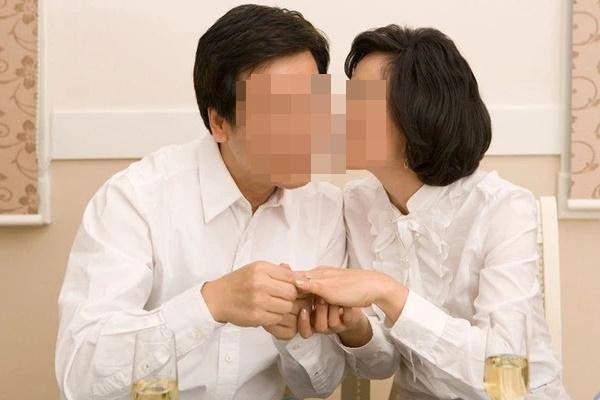 Đây là 3 loại ung thư nguy hiểm mà nếu vợ hoặc chồng mắc người còn lại cần nhanh chóng đi kiểm tra sức khỏe!-1