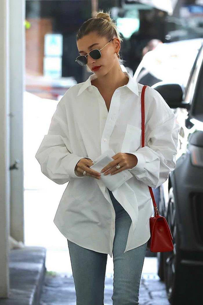 Mỹ nhân Hollywood diện áo sơ mi theo cách thoải mái, đơn giản nhưng sành điệu 100 điểm-3