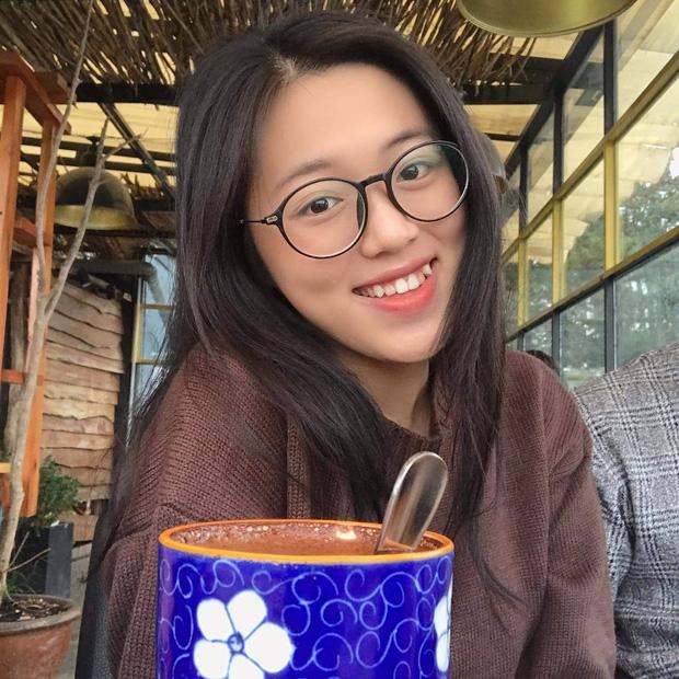 Đây là nguyên nhân vợ kém 16 tuổi của Quách Ngọc Tuyên đẻ con gái 2 tuổi rồi mới tham gia kỳ thi THPT Quốc gia 2021-5