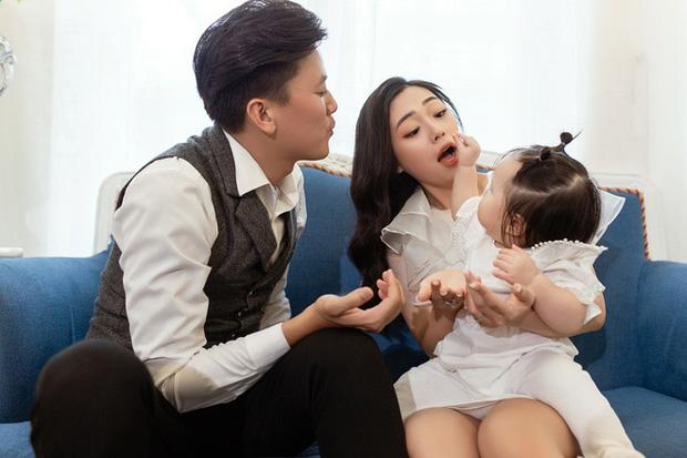 Đây là nguyên nhân vợ kém 16 tuổi của Quách Ngọc Tuyên đẻ con gái 2 tuổi rồi mới tham gia kỳ thi THPT Quốc gia 2021-6