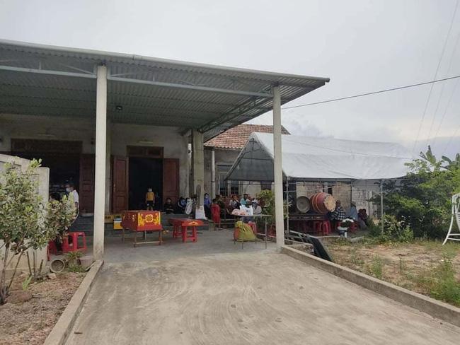 Vụ người phụ nữ tử vong sau vườn, nghi bị sát hại ở Quảng Bình: Nghi phạm là con rể-2