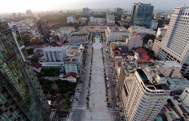 Bà chủ hiện tại của Thuận Kiều Plaza: Sở hữu khối tài sản ngang ngửa tỉ phú Phạm Nhật Vượng, bất chấp mọi lời đồn quyết vực dậy 3 tòa chung cư bỏ hoang-7