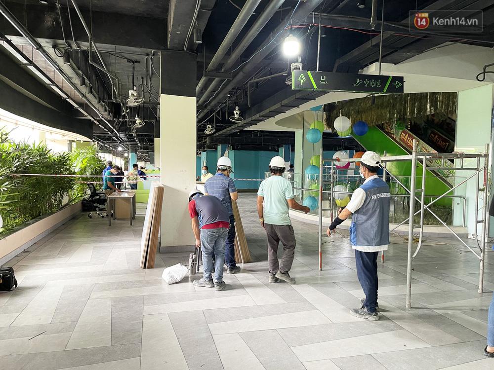 Toàn cảnh bên trong Thuận Kiều Plaza đang thi công chuyển đổi thành bệnh viện dã chiến 1.000 giường bệnh-4