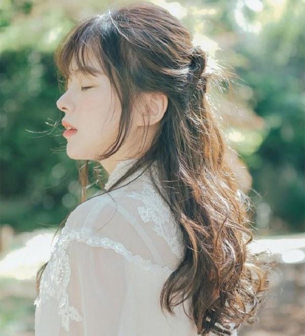 35 Kiểu tóc uốn đẹp nhất 2021 cho nữ cực trẻ trung và quyến rũ-11
