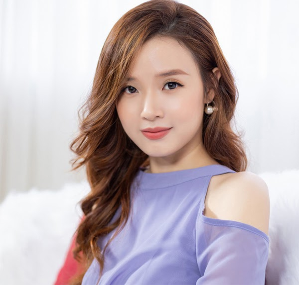 35 Kiểu tóc uốn đẹp nhất 2021 cho nữ cực trẻ trung và quyến rũ-12