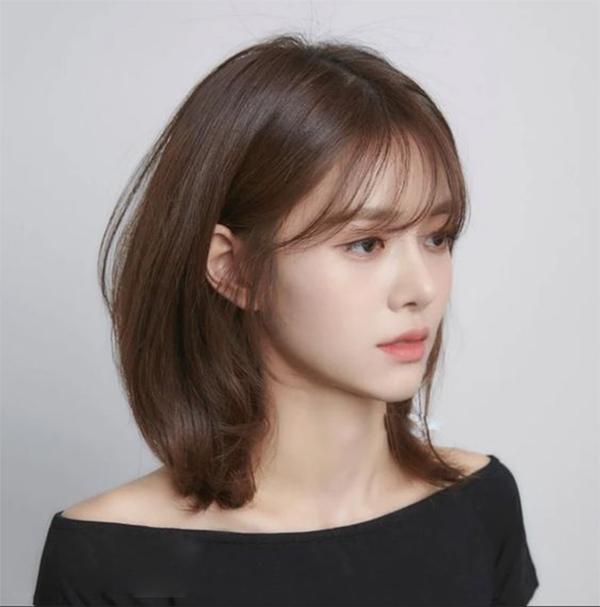 35 Kiểu tóc uốn đẹp nhất 2021 cho nữ cực trẻ trung và quyến rũ-16