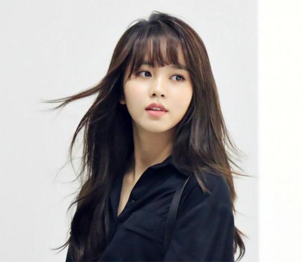 35 Kiểu tóc uốn đẹp nhất 2021 cho nữ cực trẻ trung và quyến rũ-33