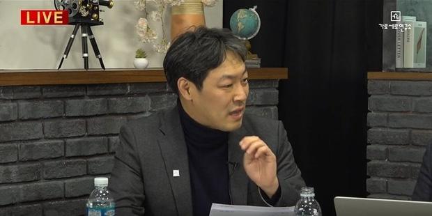 NÓNG: Cảnh sát điều tra khẩn tiệc thác loạn của đại gia và dàn sao Hàn, 1 nữ idol nổi tiếng đã bị tìm ra danh tính-6