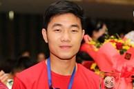 Bây giờ mới kể: Lương Xuân Trường bị an ninh sân bay UAE giữ lại vì tưởng... nhắm mắt lúc nhập cảnh