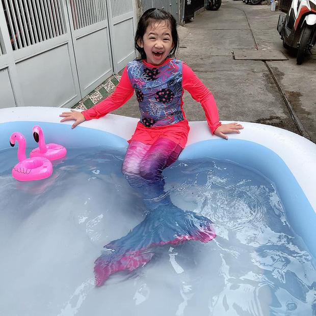 Con gái cố diễn viên Mai Phương nay lớn thấy rõ, xem cuộc đối thoại giữa Phùng Ngọc Huy và bảo mẫu là biết bé sống thế nào-1