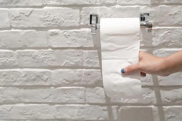 Tử cung sẽ rất biết ơn nếu bạn làm 2 điều khi đi vệ sinh, việc nhỏ nhưng lại giảm nguy cơ mắc bệnh phụ khoa-2