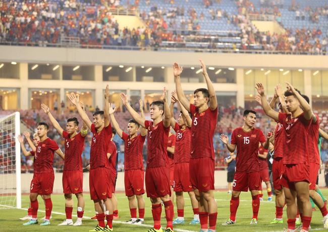 Chính thức: Việt Nam sẽ đá vòng loại World Cup 2022 trên sân Mỹ Đình, phòng dịch nghiêm ngặt, VAR chỉ là chuyện nhỏ!-1